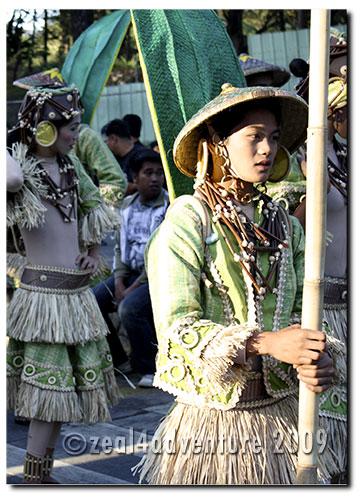 panagbenga-dancers