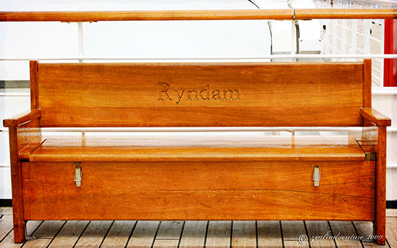 ryndam-chair