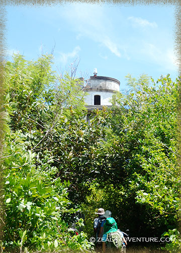 closer-glimpse-of-lighthouse