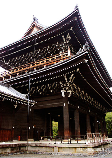 chion-in-entrance