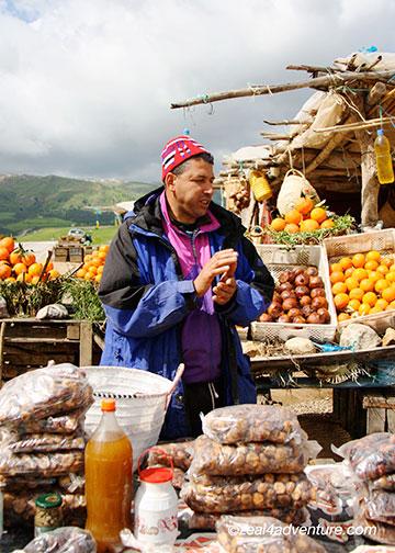 roadside-vendor
