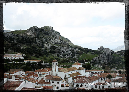 Grazalema-Iglesia-de-la-Encarnacion-from-afar
