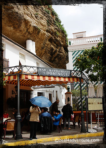 Setenil rocks-make-natural-roof