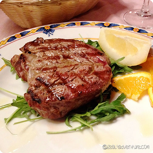 steak-at-Locanda-Italaina