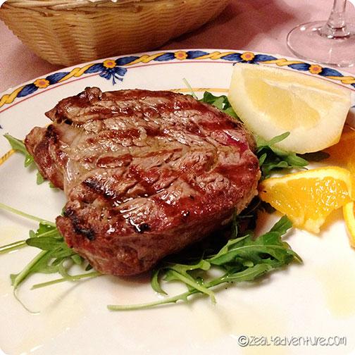 steak-at-Locanda-Italaina