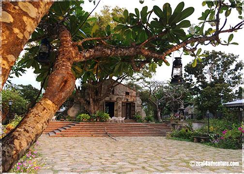 chapel-and-plaza