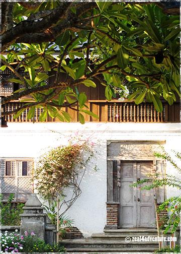 salvaged-doors-and-windows