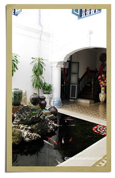 chinpracha-courtyard