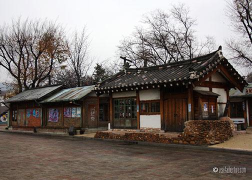 hanok-style-stores