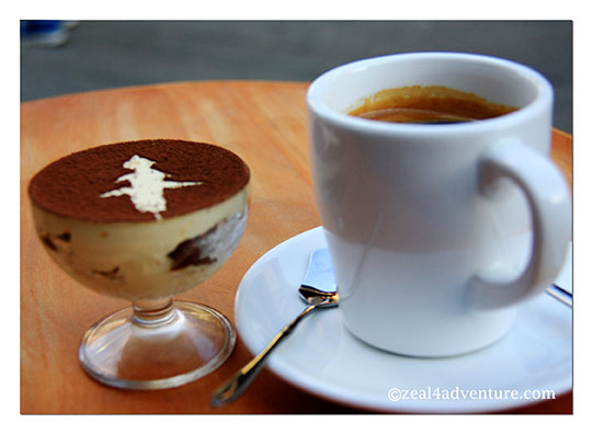 coffee-and-tiramisu-renmin-lu
