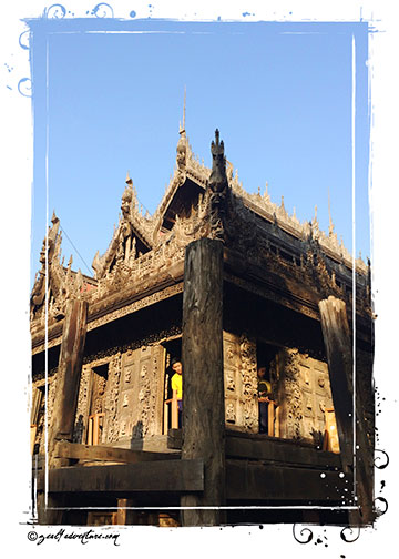 traditional-19th-century-Burmese-architecture
